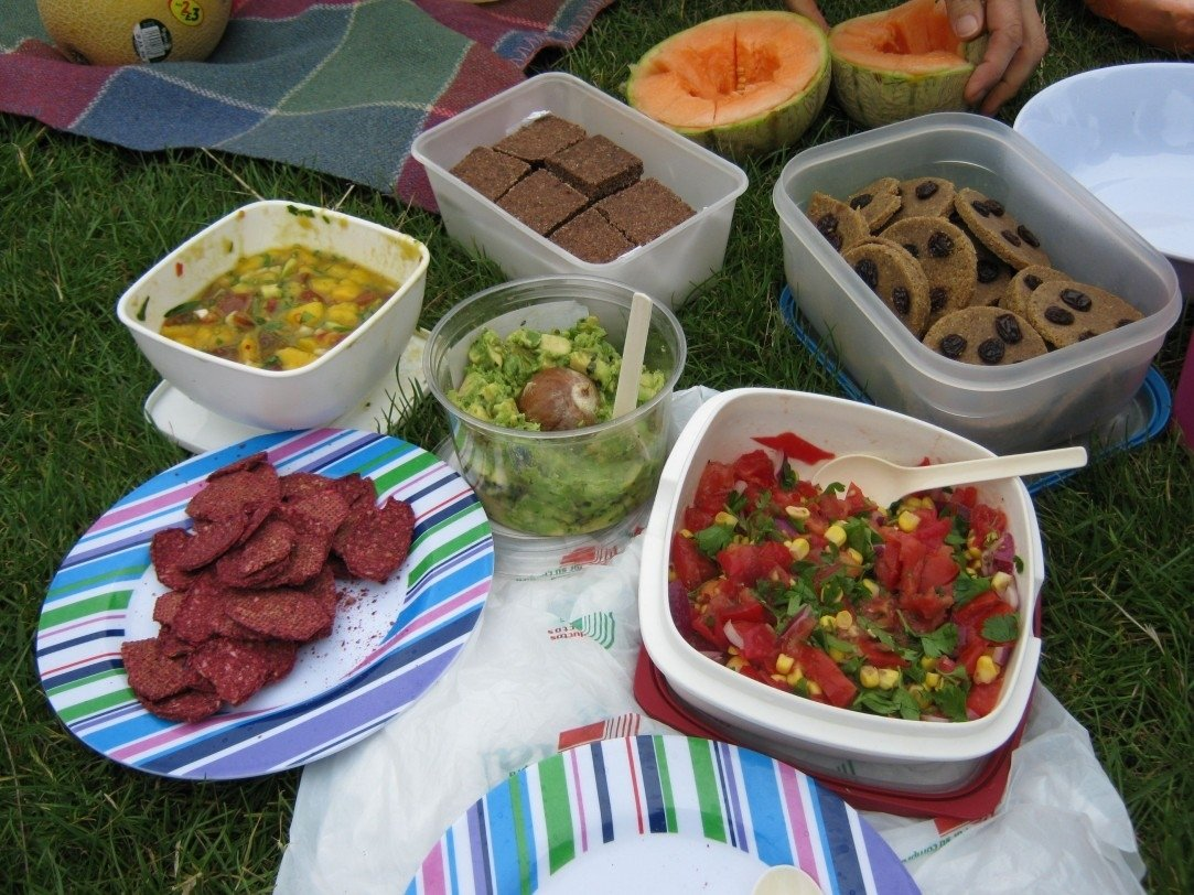 10 Perfect Food Ideas For A Picnic picnic food ideas picnics pinterest picnic foods picnics and 2020