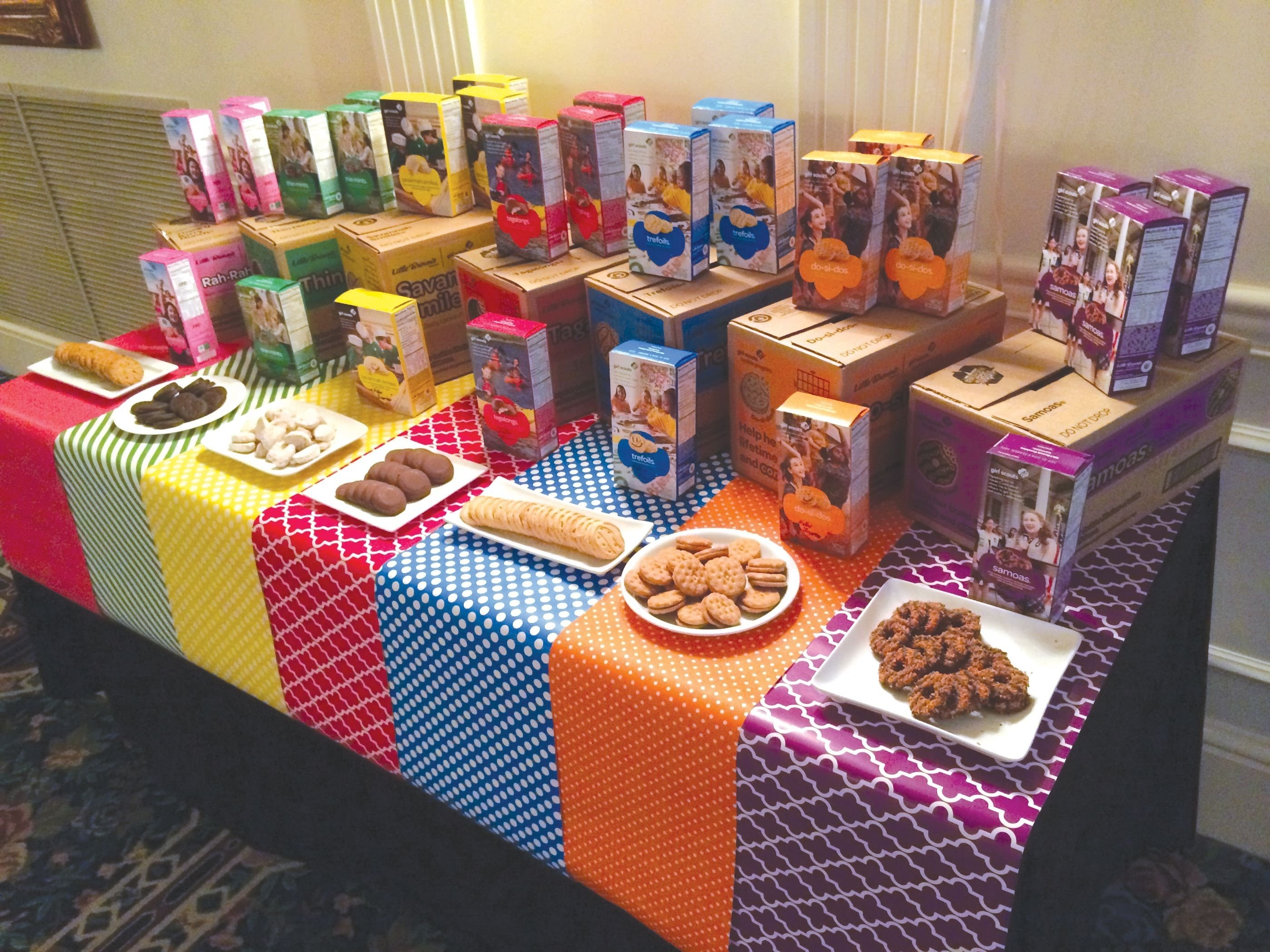 10 Unique Girl Scout Cookie Booth Ideas pinapril walker nunn on grace the girl scout pinterest
