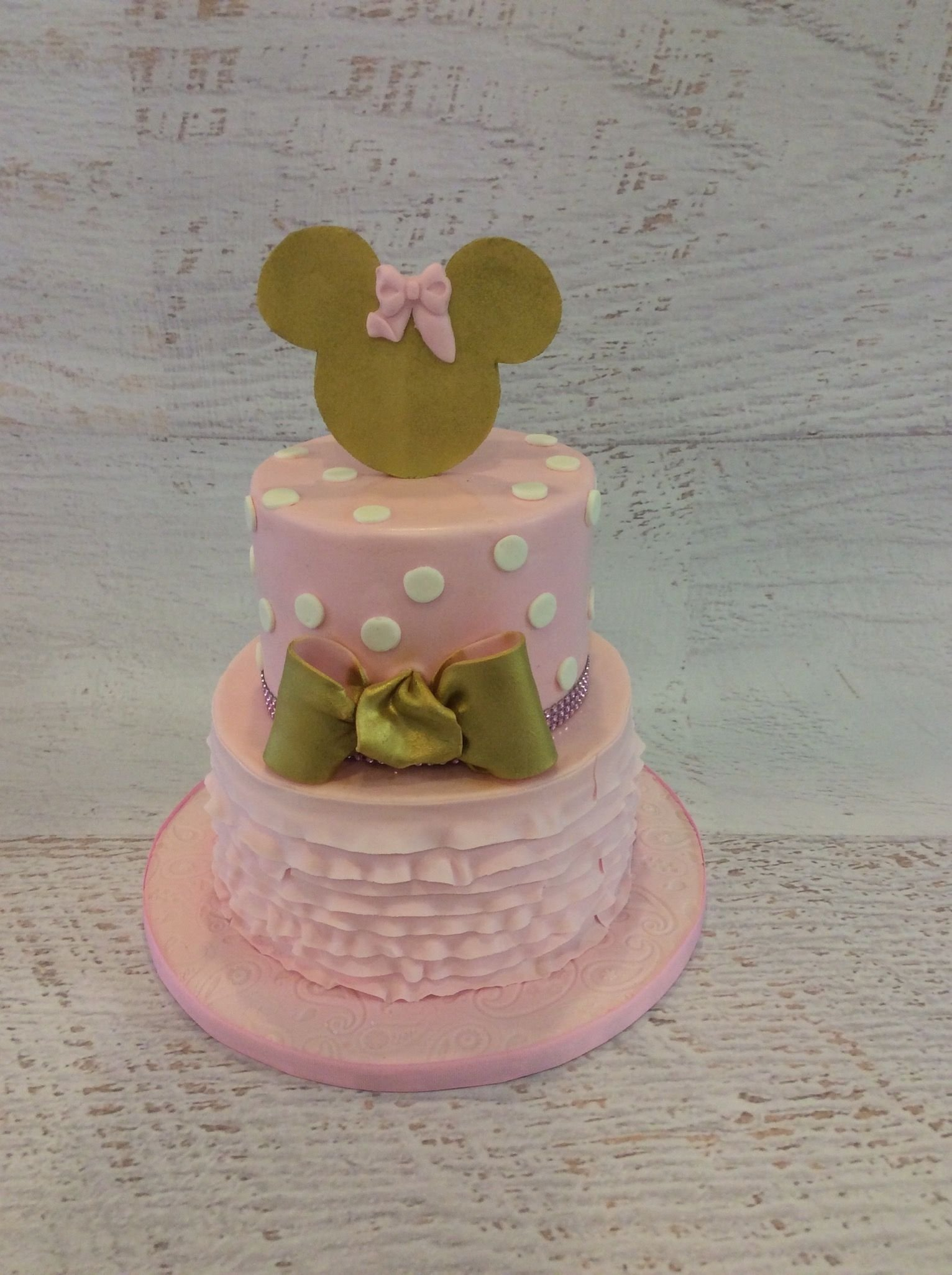 10 Trendy Minnie Mouse First Birthday Party Ideas Pink And Gold