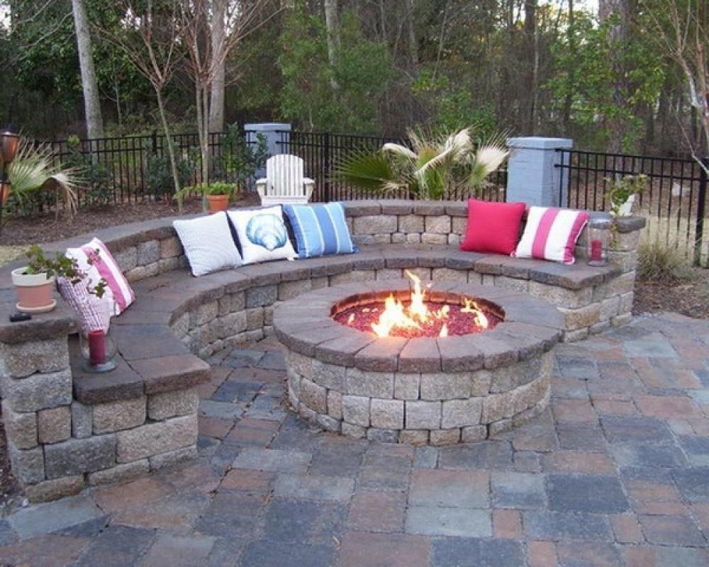 10 Great Outdoor Fire Pit Ideas Backyard pit ideas 2020