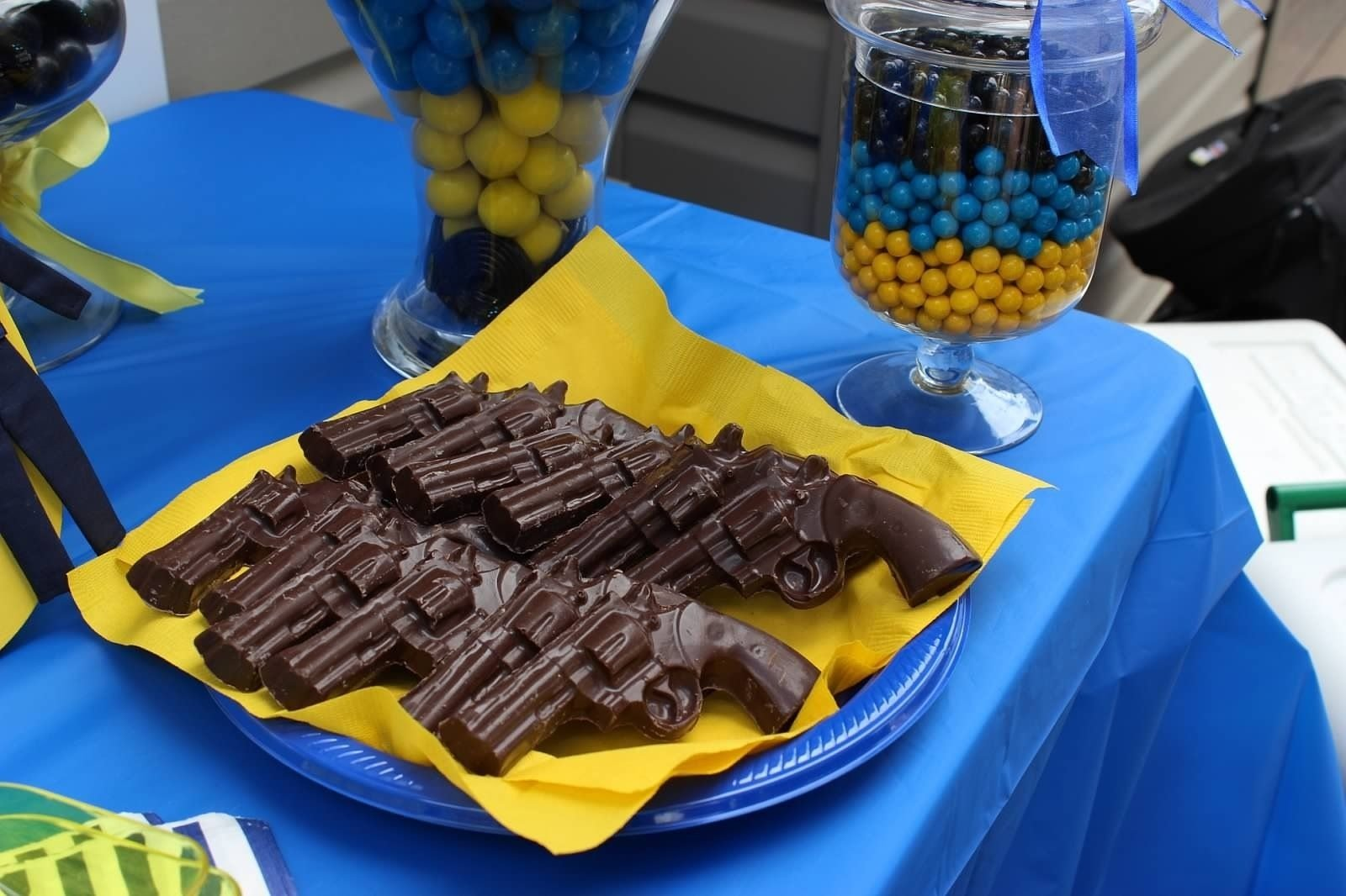 10 Beautiful Police Academy Graduation Party Ideas police party chocolate guns coles party ideas pinterest guns