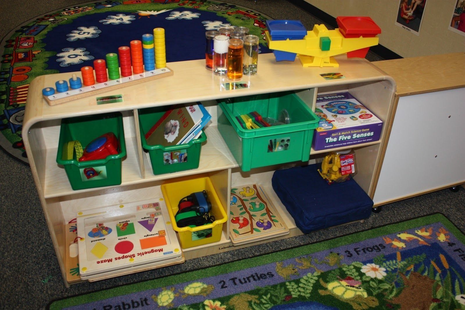 10 Gorgeous Science Center Ideas For Preschool preschool science center ideas science center science center 2020