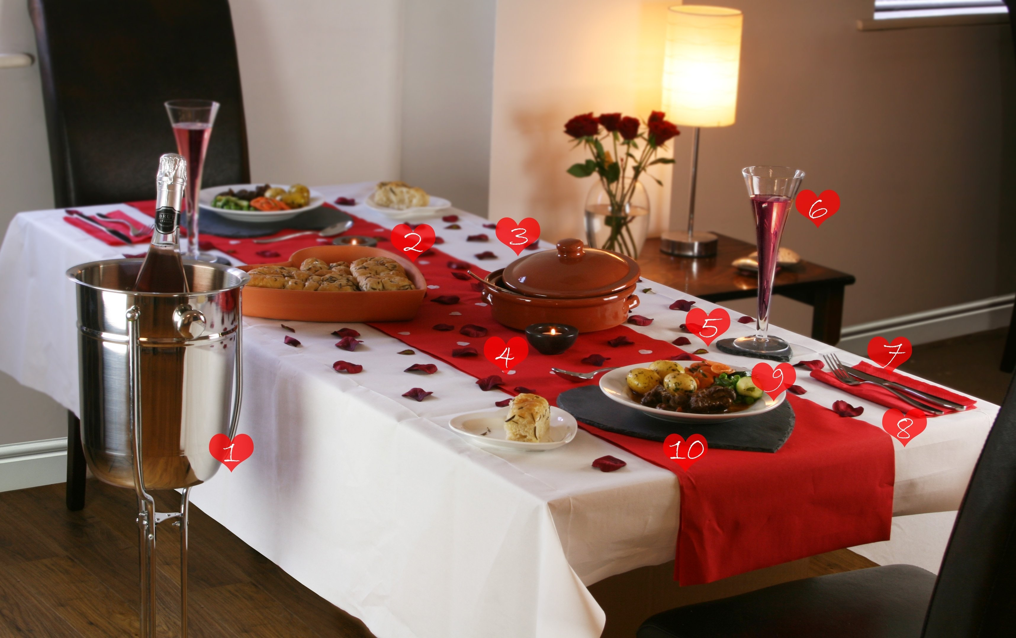 10 famous romantic dinner ideas at home