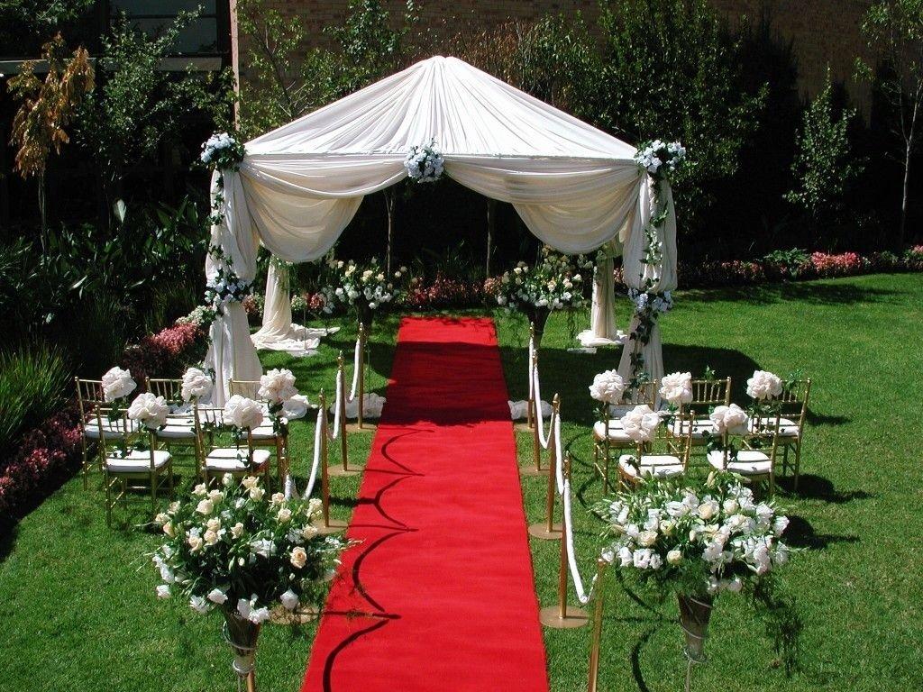 10 Cute Backyard Wedding Ideas For Summer pretty setup for a small backyard wedding wedding dreams