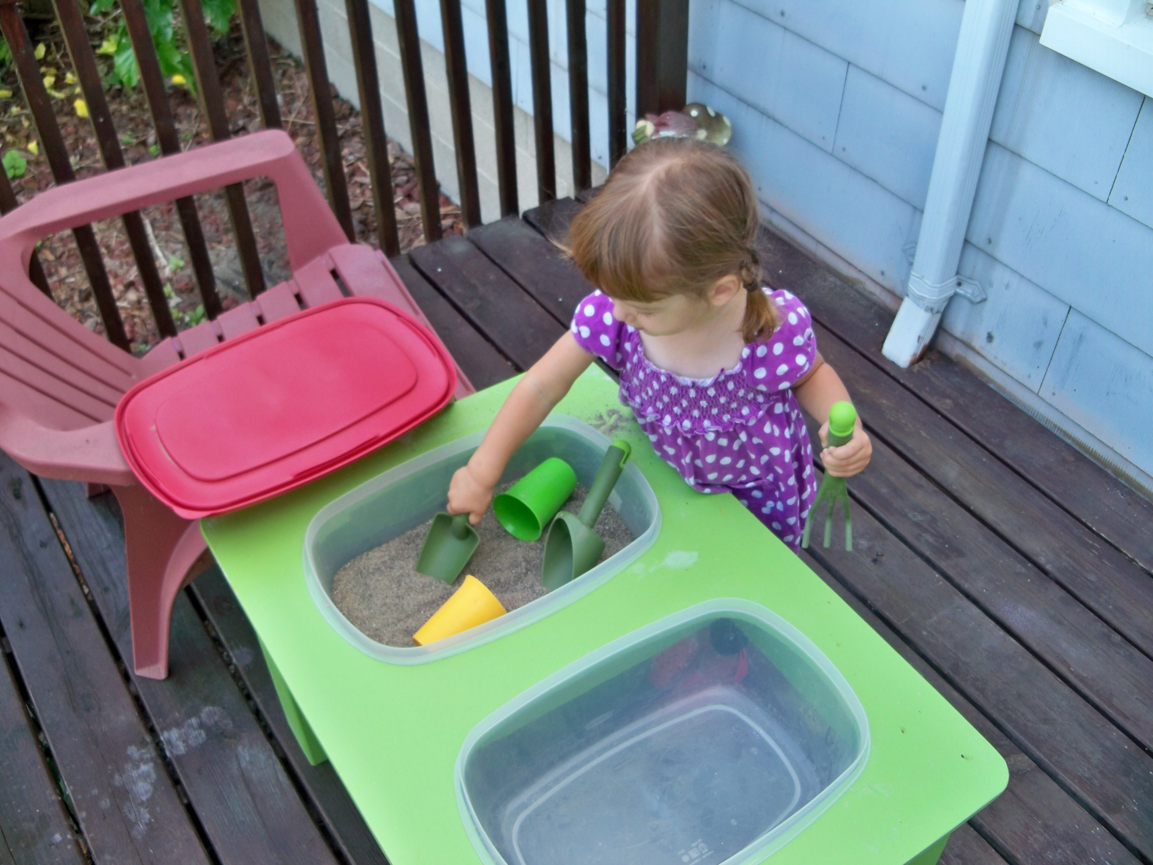 10 Nice Sensory Table Ideas For Toddlers raising a low media toddler the sensory table to the rescue 1