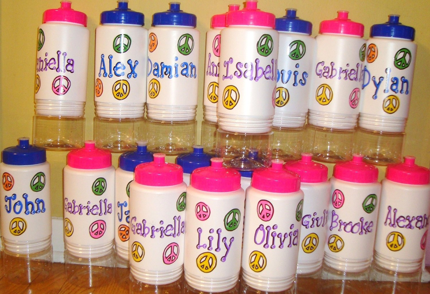 10 Attractive Birthday Party Favor Ideas For Kids really cute plus you can stuff them with little goodies 1 2020