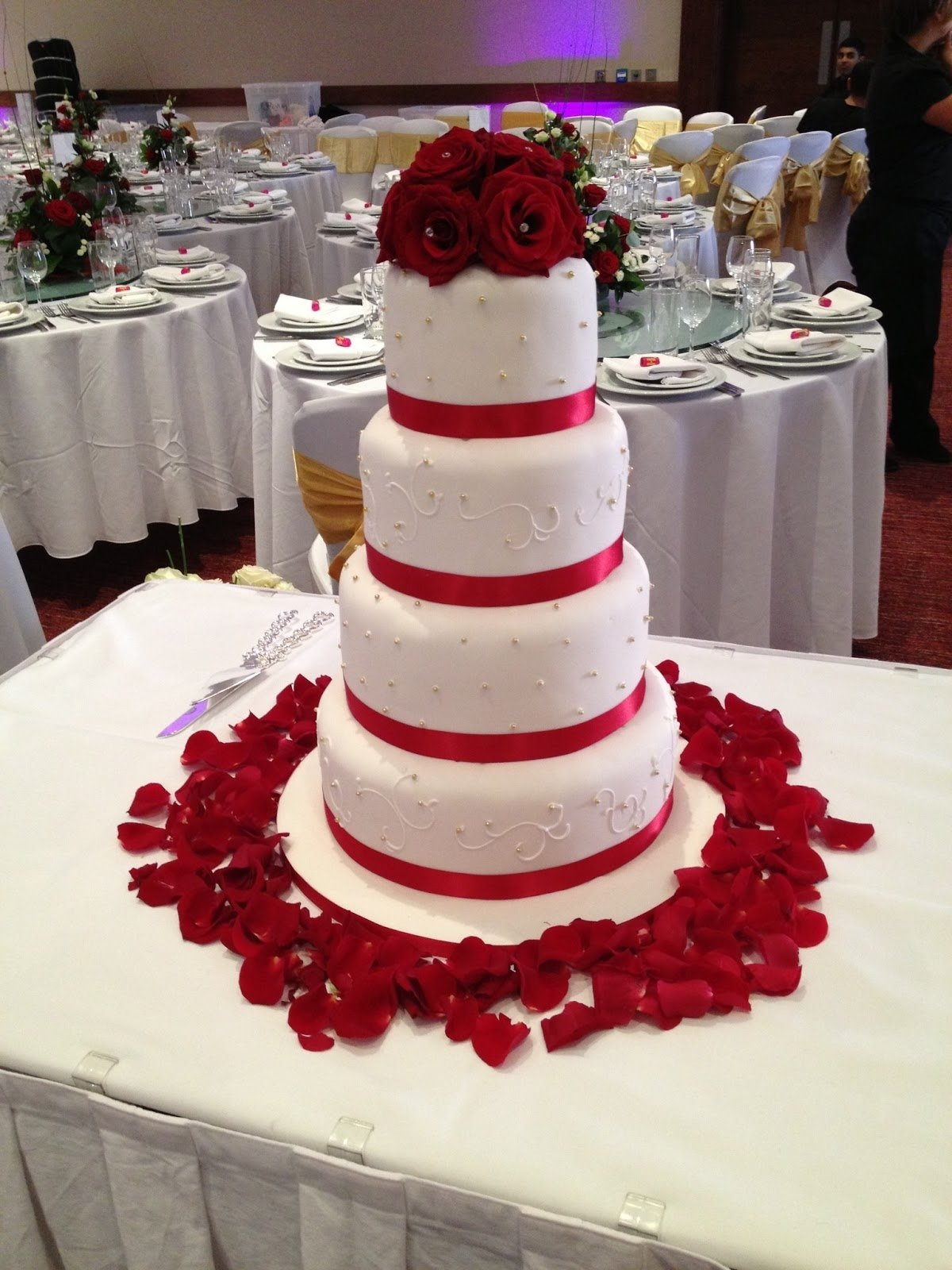 10 Spectacular Red And White Wedding Ideas red and white wedding cake ideas ideal weddings 2020