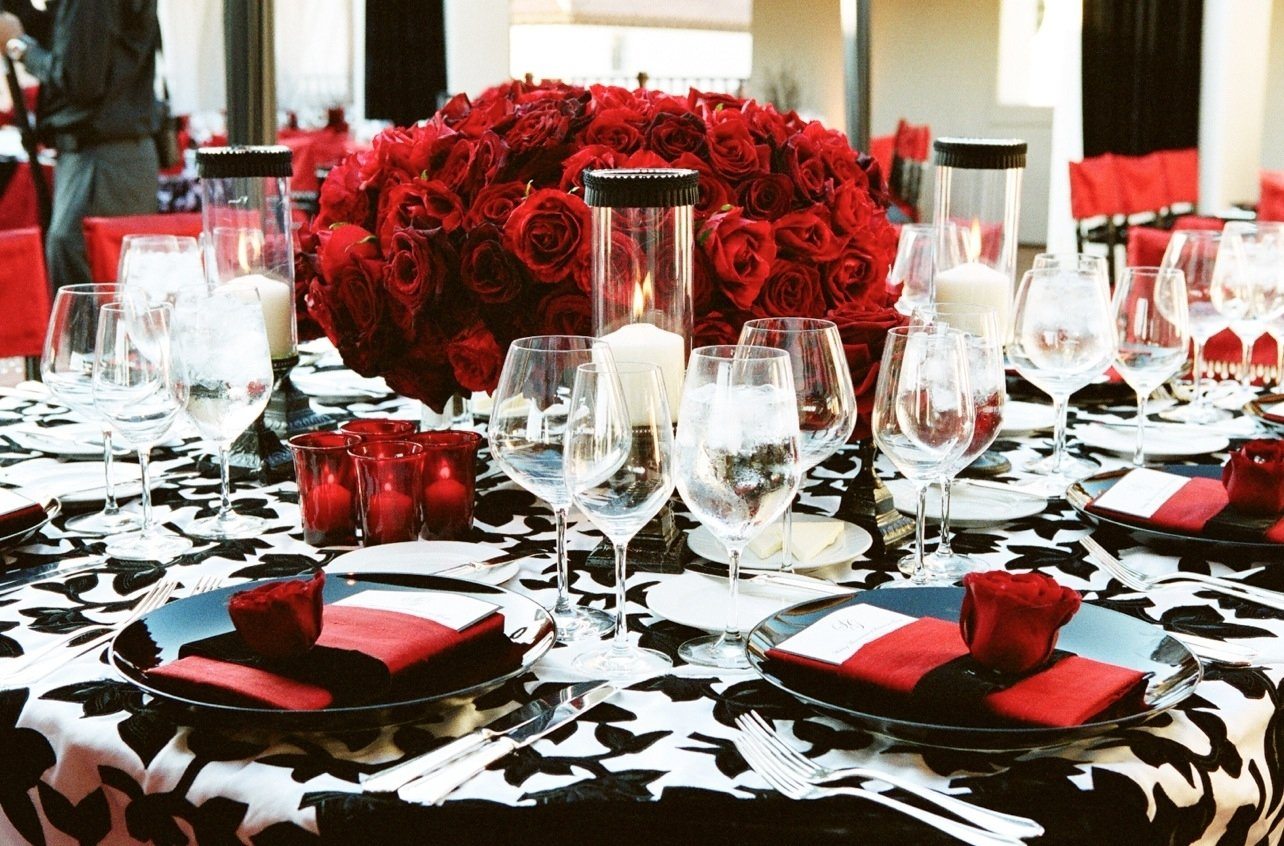 10 Perfect Red White And Black Wedding Ideas