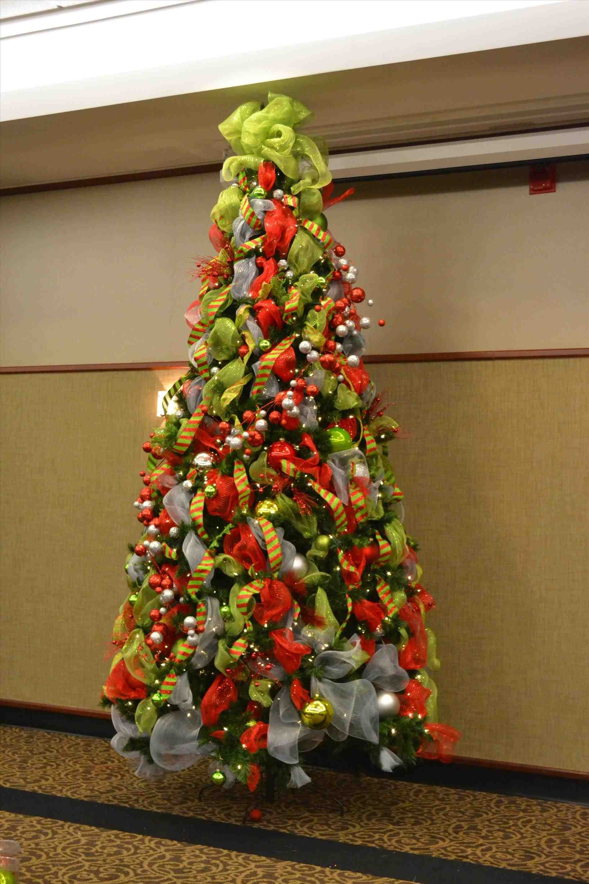 10 Stunning Red Green And Gold Christmas Tree Ideas red gold ribbon christmas tree decoration charming picture of white 2021