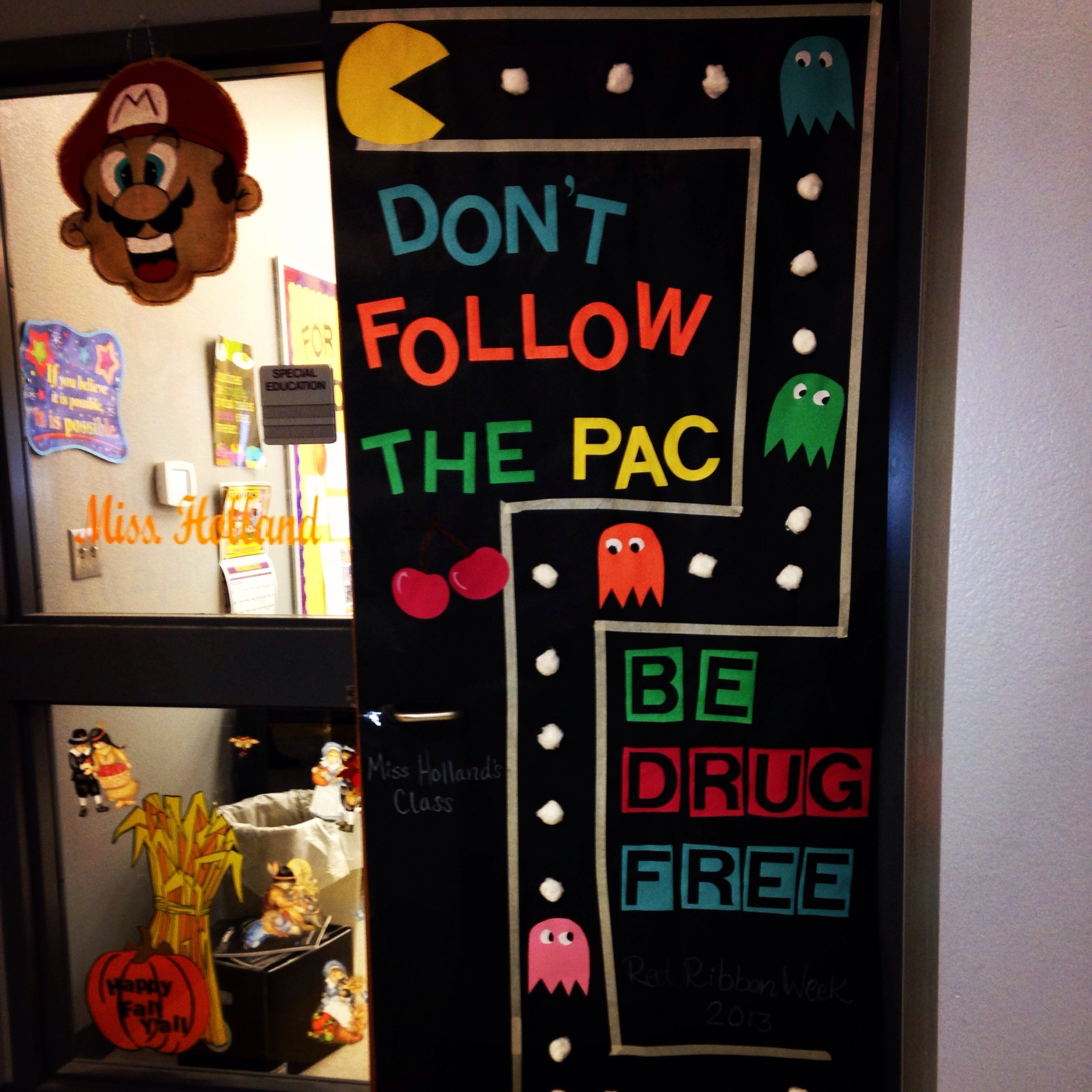 red ribbon week and classroom door on pinterest decorating contest
