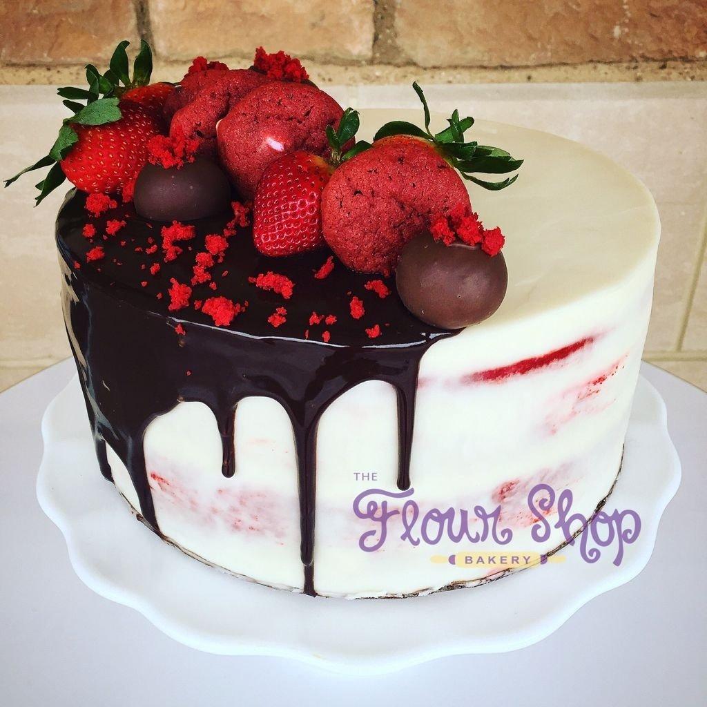 red velvet decadence cake@flourshoptx red velvet. drip cake