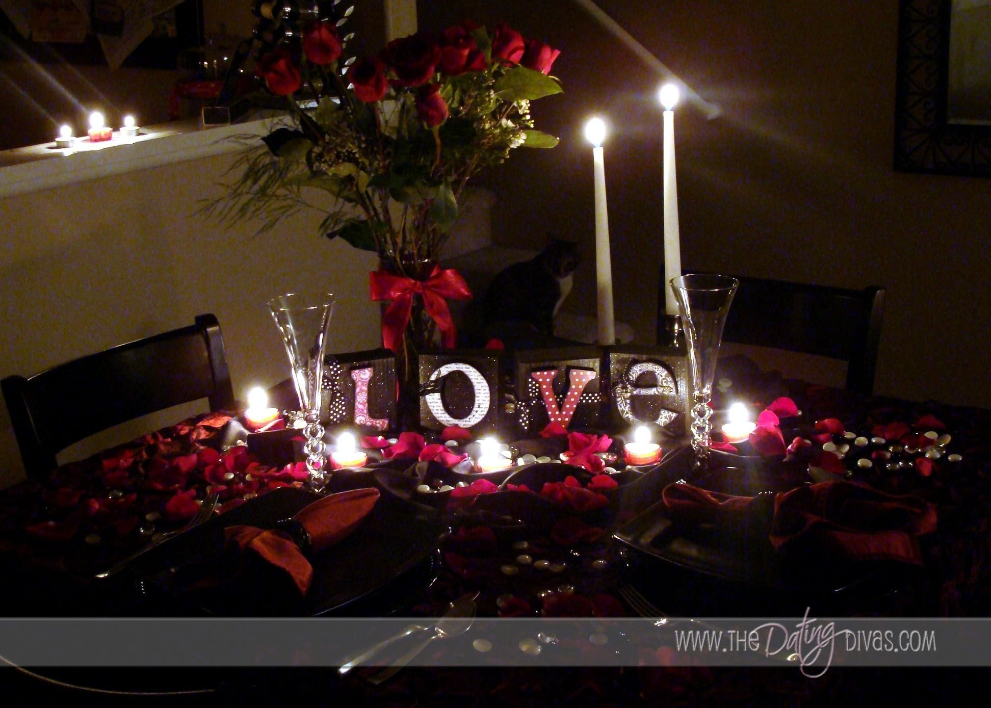 10 Stylish Ideas For A Romantic Night romantic anniversary dinner ideas from romantic dinner tables
