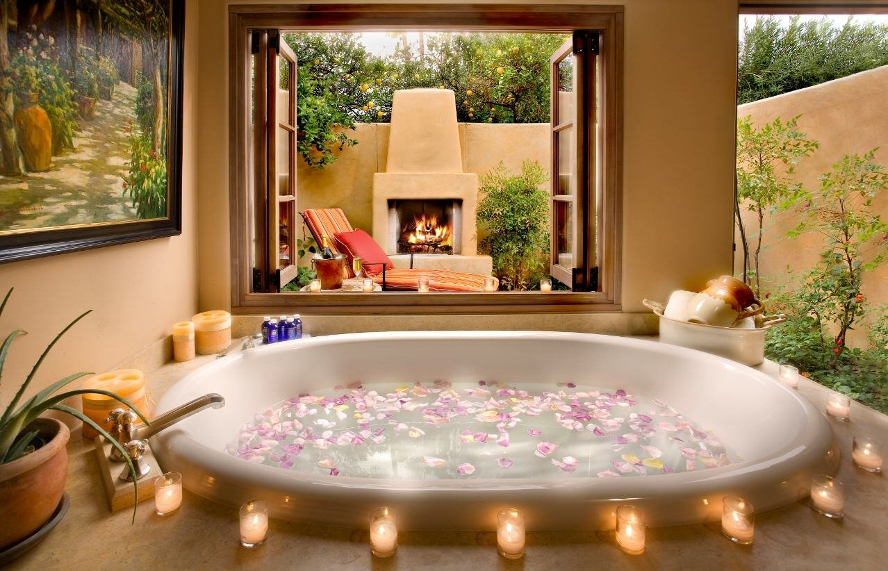 10 Trendy Romantic Ideas For Hotel Room romantic bathroom decorating ideas for valentine day bathroom hotel 2020