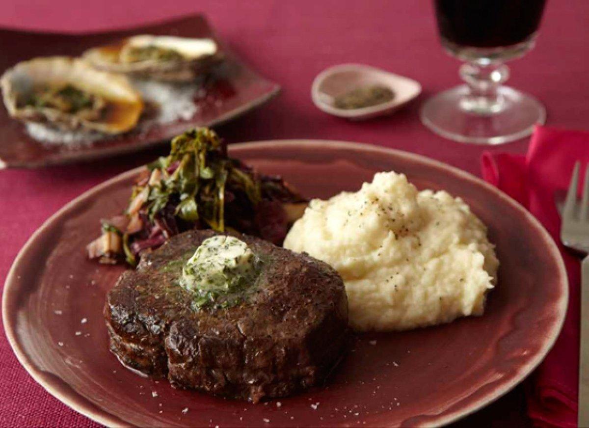 10 great romantic dinner ideas for him