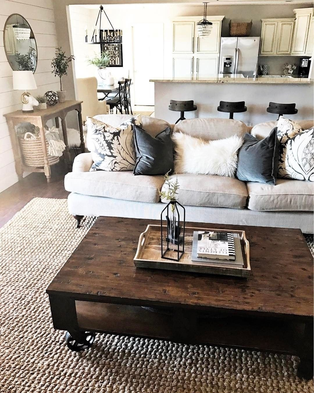 10 Lovable Rustic Decorating Ideas For Living Rooms rustic decor ideas for modern home rustic decor rustic decorating 2021