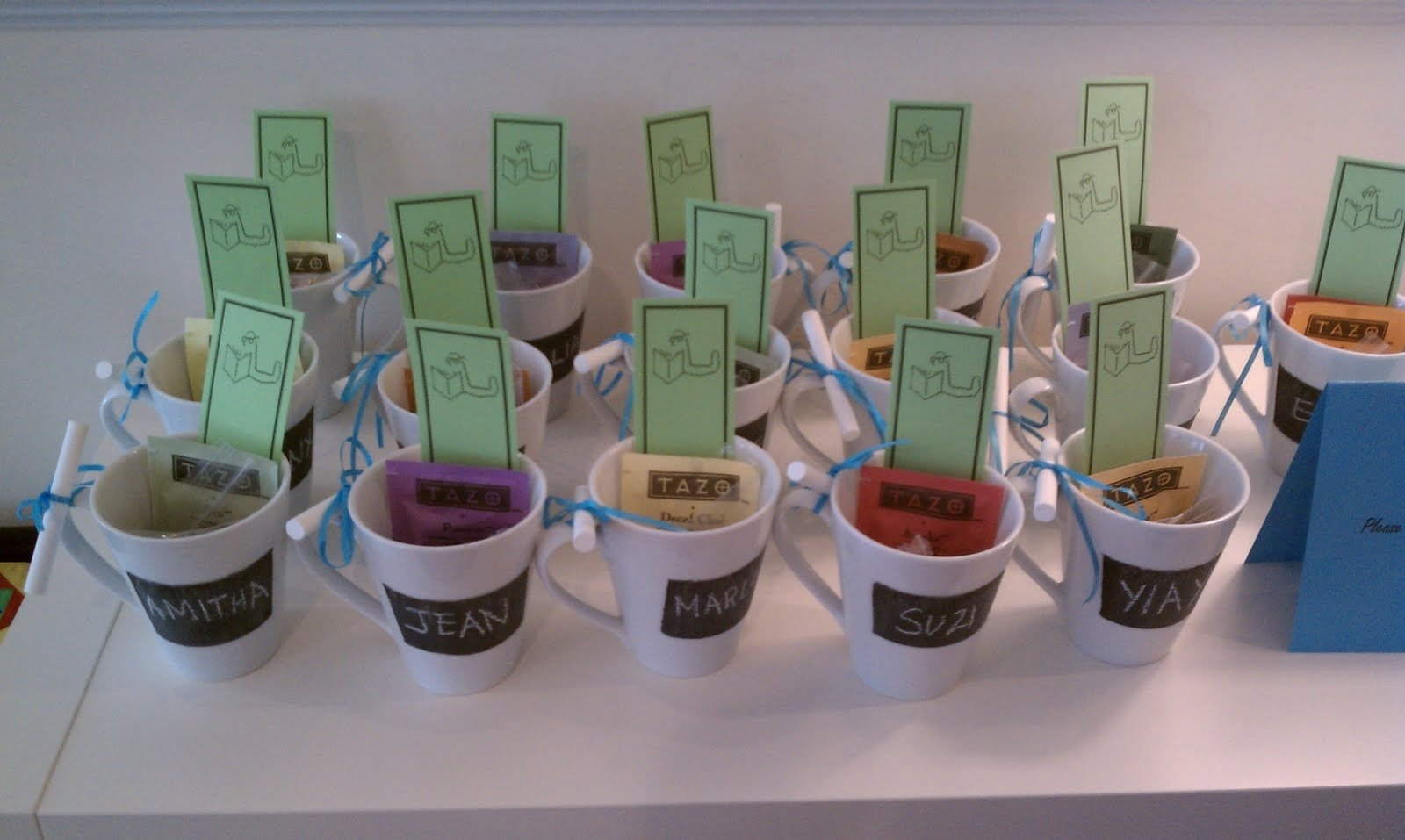 10 Attractive Baby Shower Favor Ideas To Make Yourself saving discount cheap baby shower favors inexpensive on budget 2021