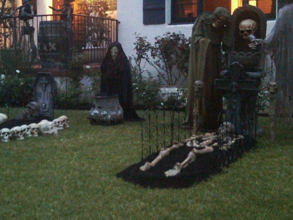 scary halloween yard decorating ideas part 36 best 25 halloween