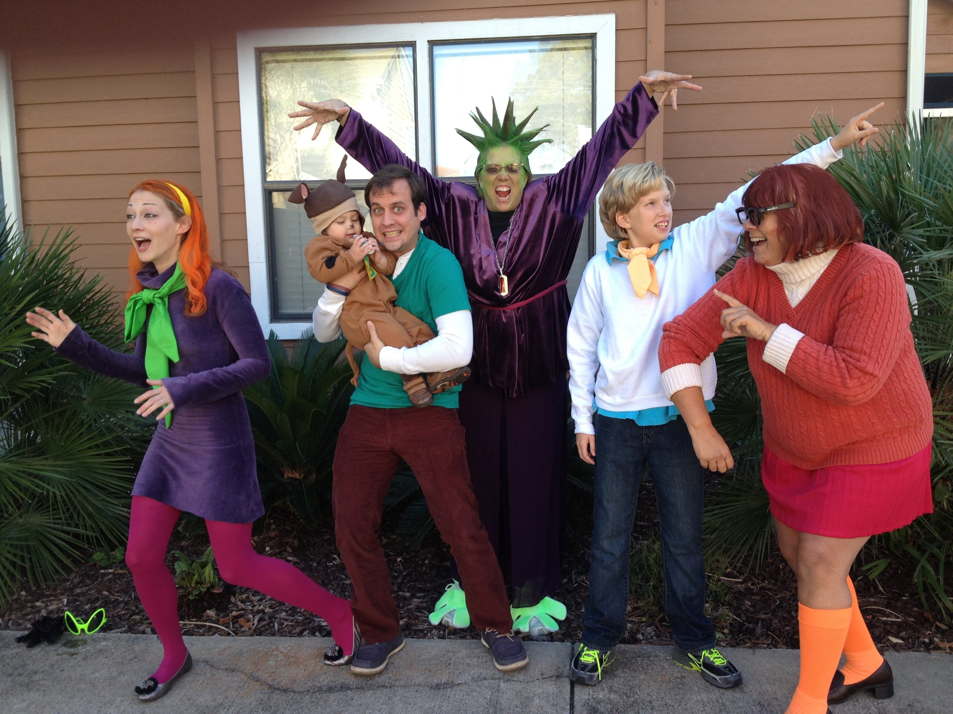 scooby doo and the gang family halloween costume- toddler, group
