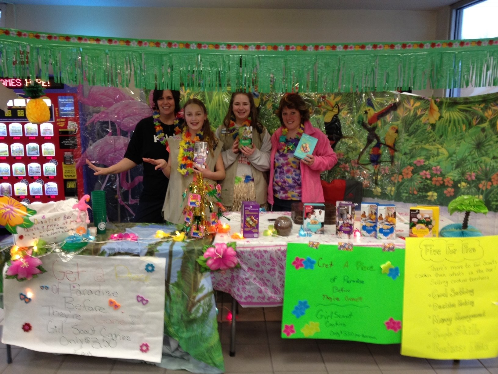 10 Unique Girl Scout Cookie Booth Ideas scout leader 411 blog ideas for leaders to delegate cookie booth
