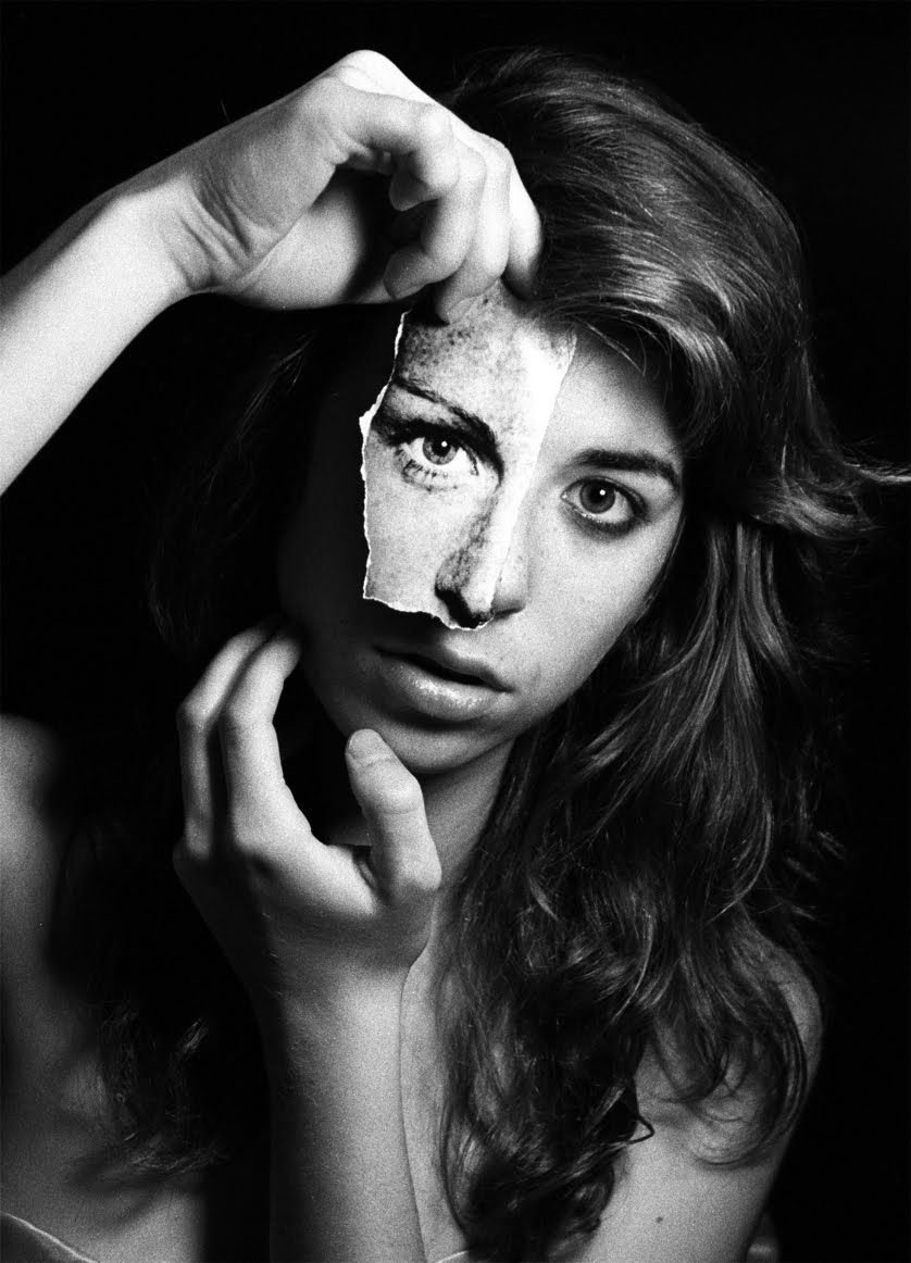 10 Great Creative Self Portrait Ideas Photography Picture Inspirati