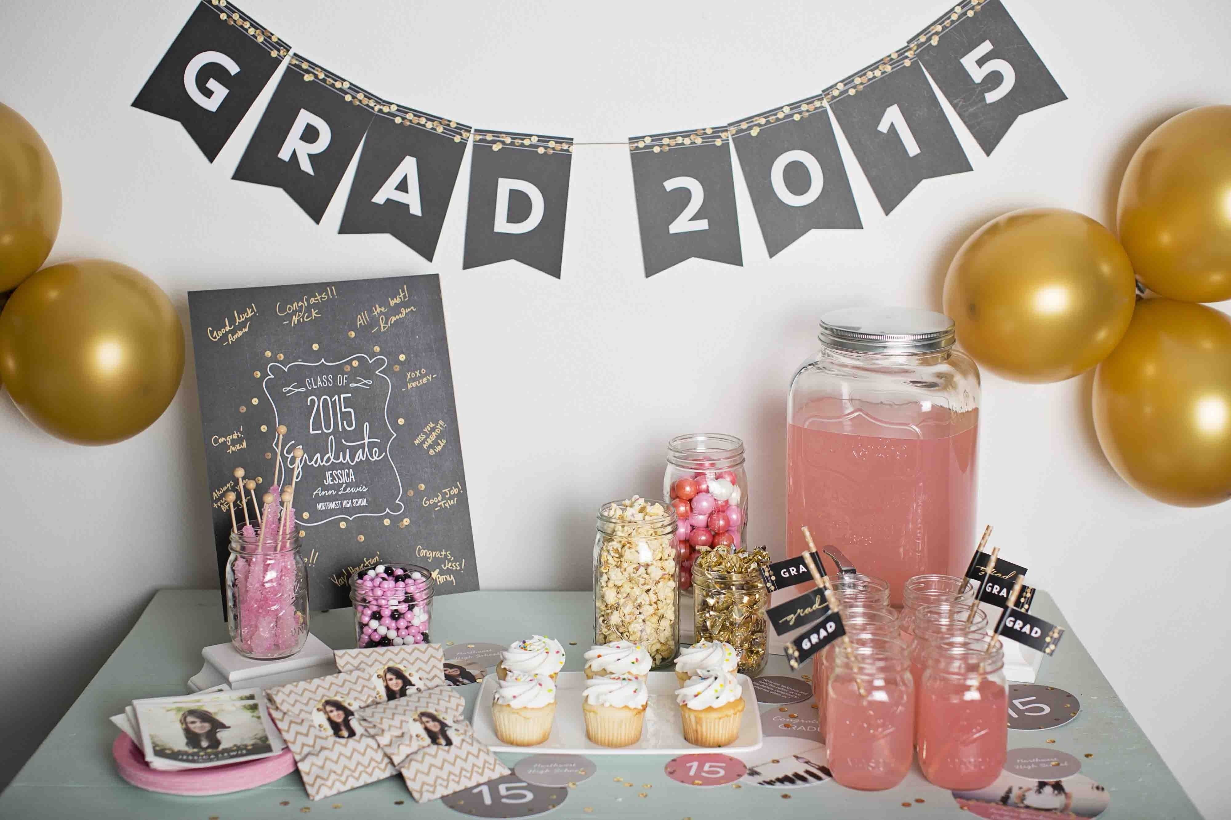 sequin-inspired graduation party ideas | graduation photo displays