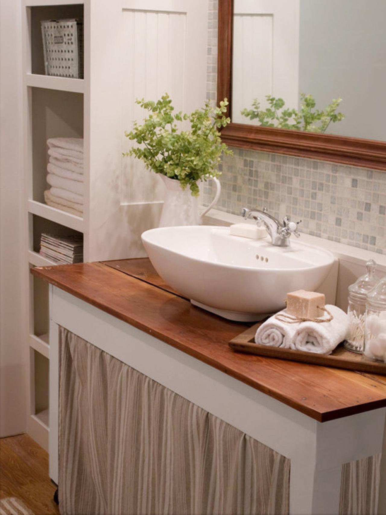 10 Stylish Ideas For Decorating A Bathroom %name 2020