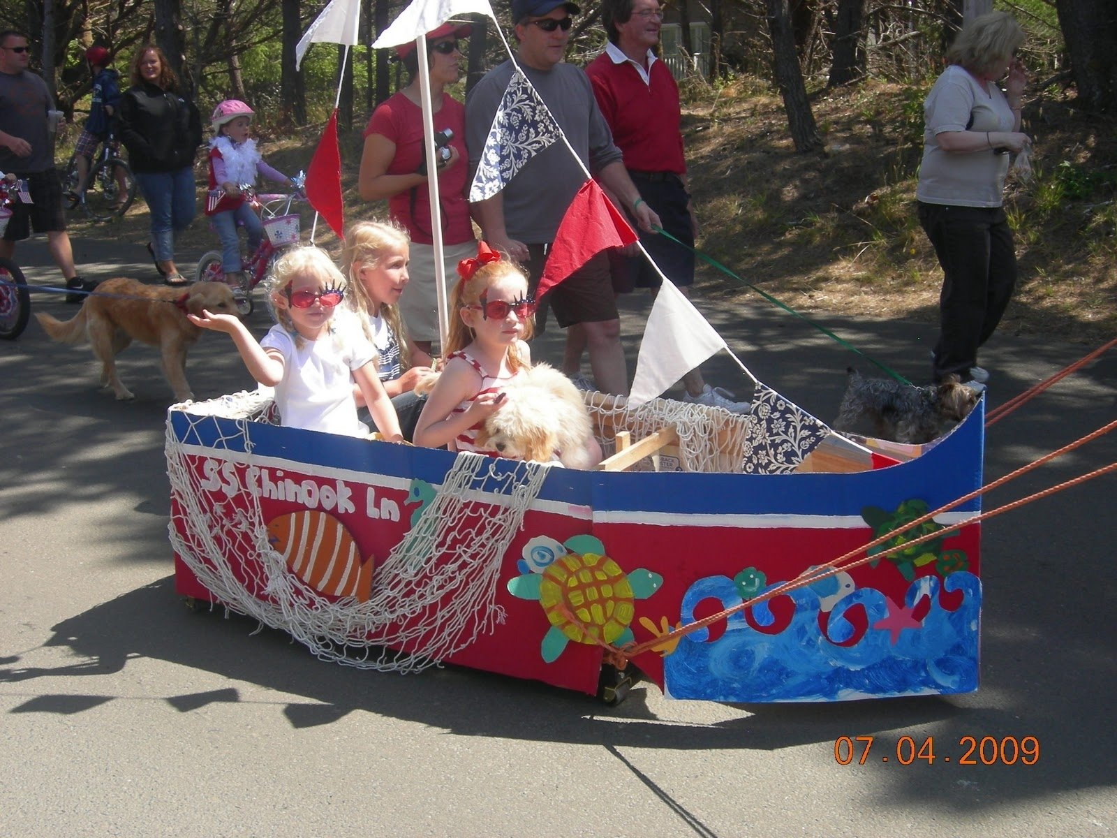 10 Famous 4Th Of July Parade Ideas ship theme 4th of july boat parade float ideas the creative 4th of 2020
