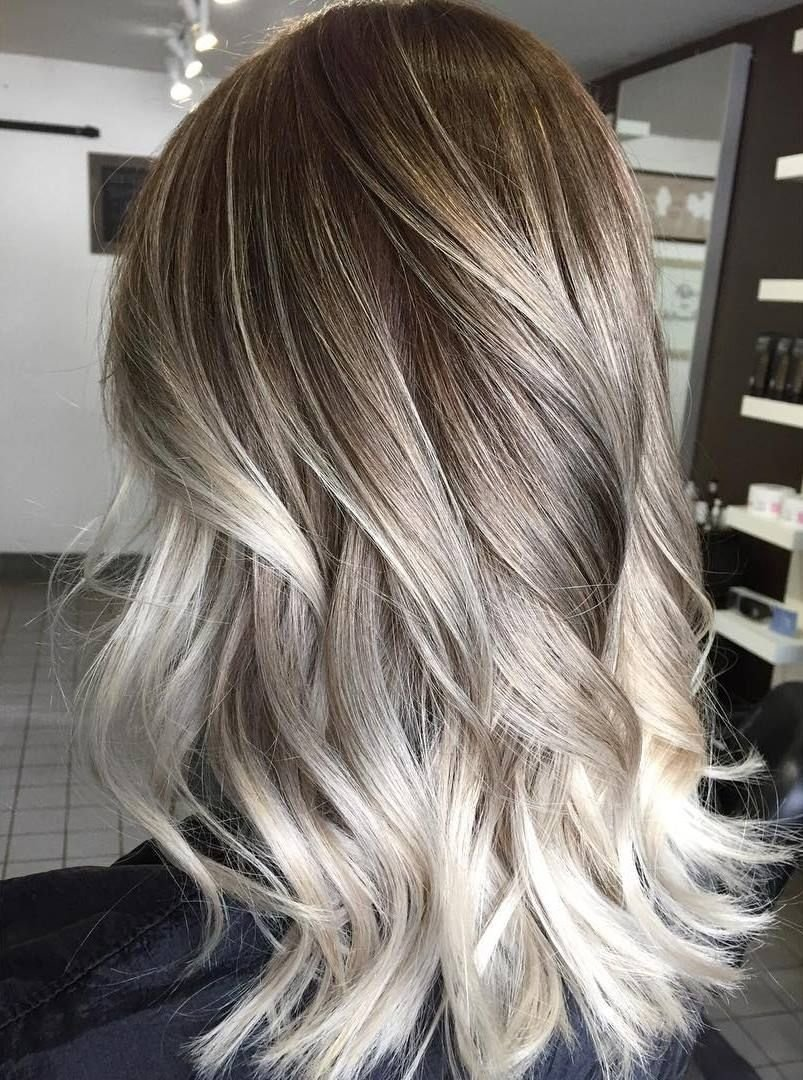 10 Attractive Brown & Blonde Hair Color Ideas shocking shoulder length ash blonde hair with highlights balayage 2021
