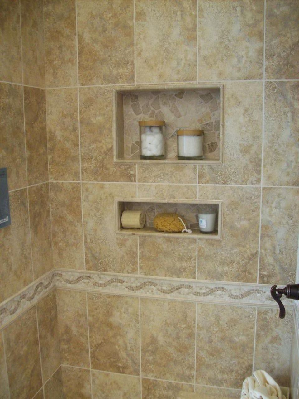 10 Great Small Bathroom Shower Tile Ideas shower tile ideas small bathrooms home improvement ideas 1 2020