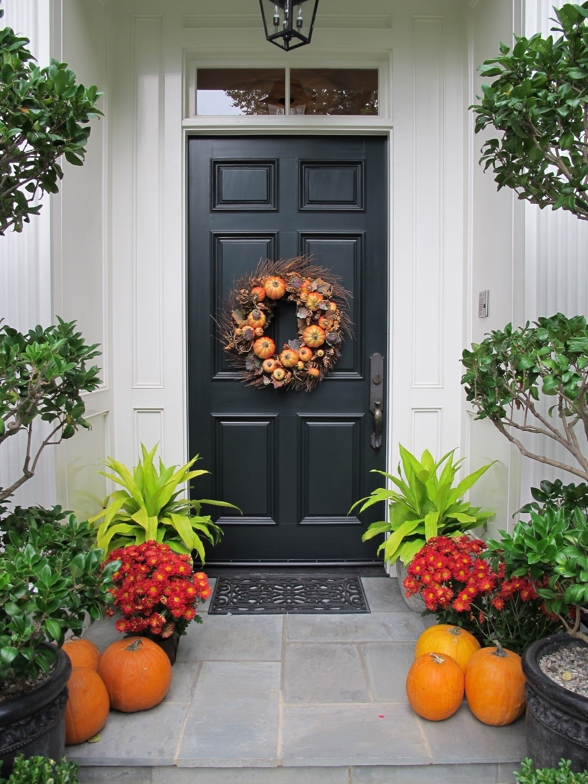 10 Lovely Front Door Fall Decorating Ideas simple and easy fall front doors lorri dyner design