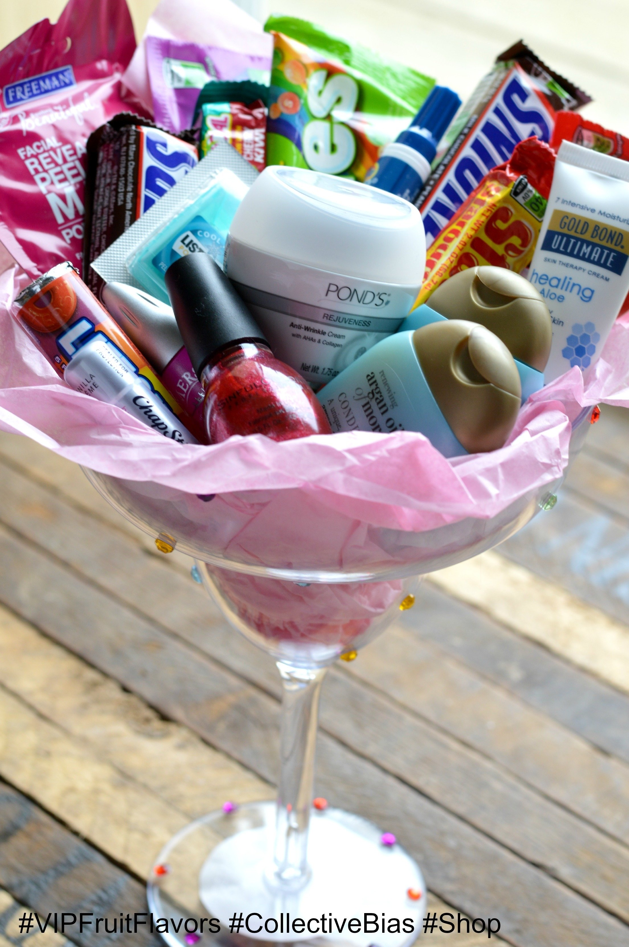 skittles & starburst make for awesome diy gifts - it's peachy keen