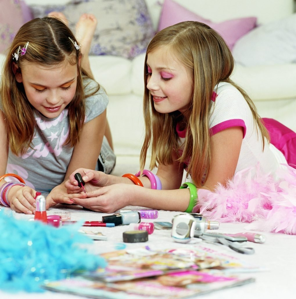 10 Cute Sleepover Ideas For 12 Year Olds sleepover ideas for 12 year old girls with pictures ehow 2020