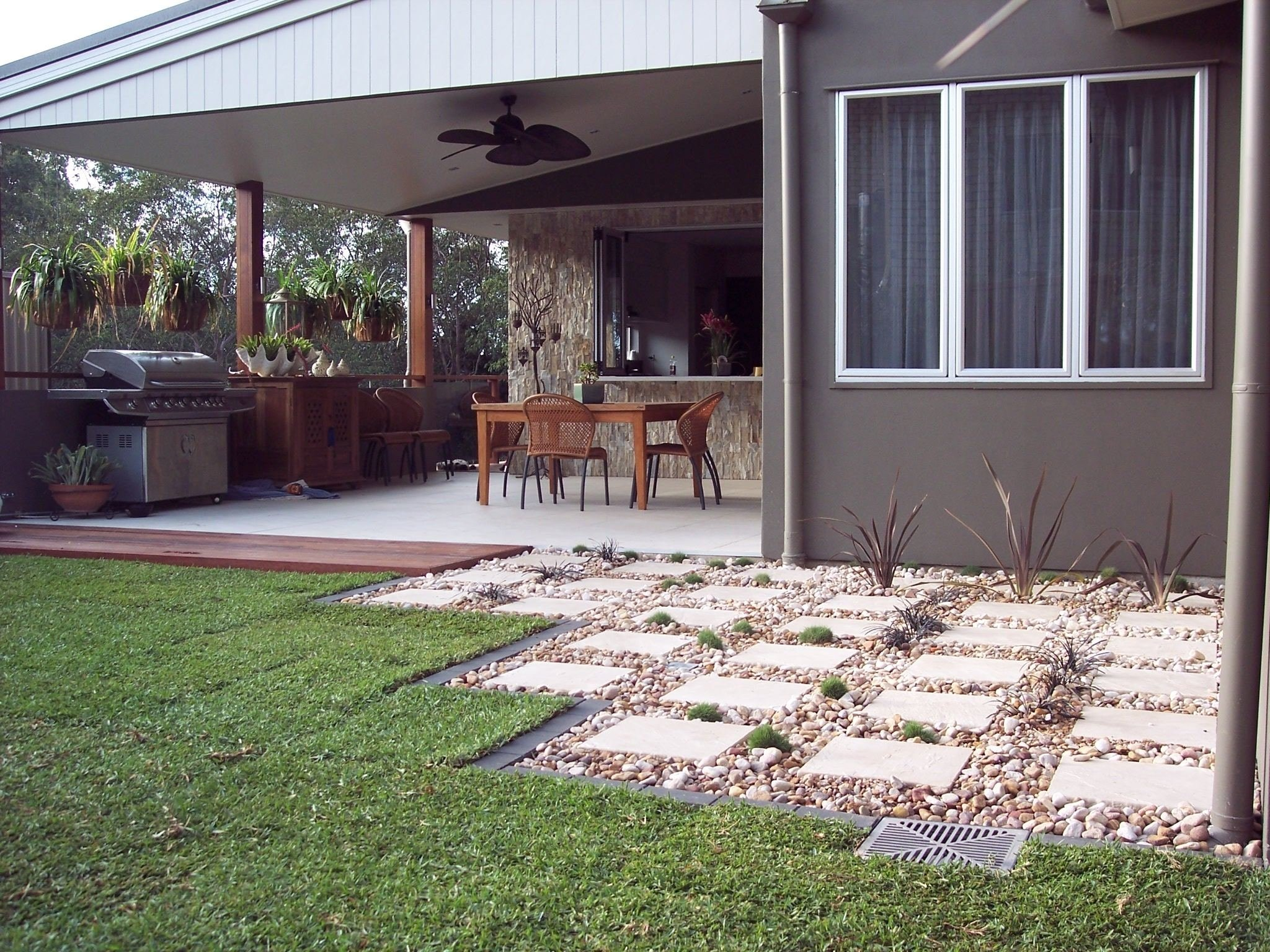 small backyard landscaping ideas low maintenance - great low