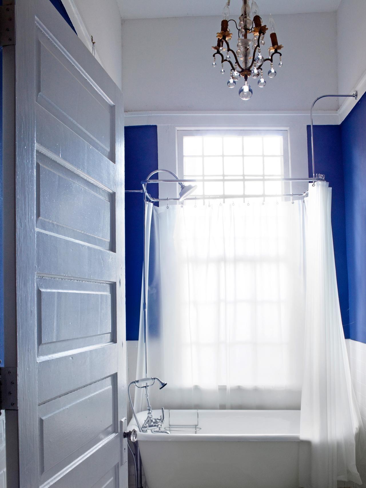 10 Attractive Bathroom Decorating Ideas For Small Bathrooms