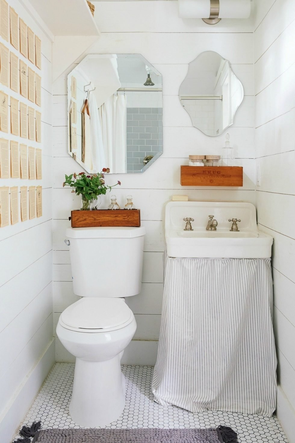10 Attractive Small Bathroom Decorating Ideas Pictures small bathroom decorating ideas on a budget brown finish stained