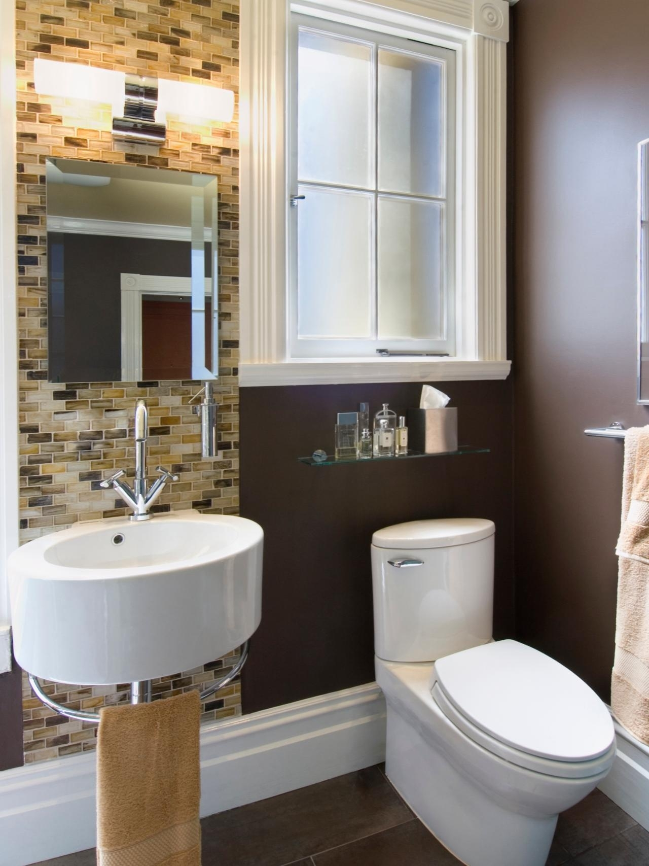 10 Fantastic Cheap Bathroom Remodel Ideas For Small Bathrooms %name 2021