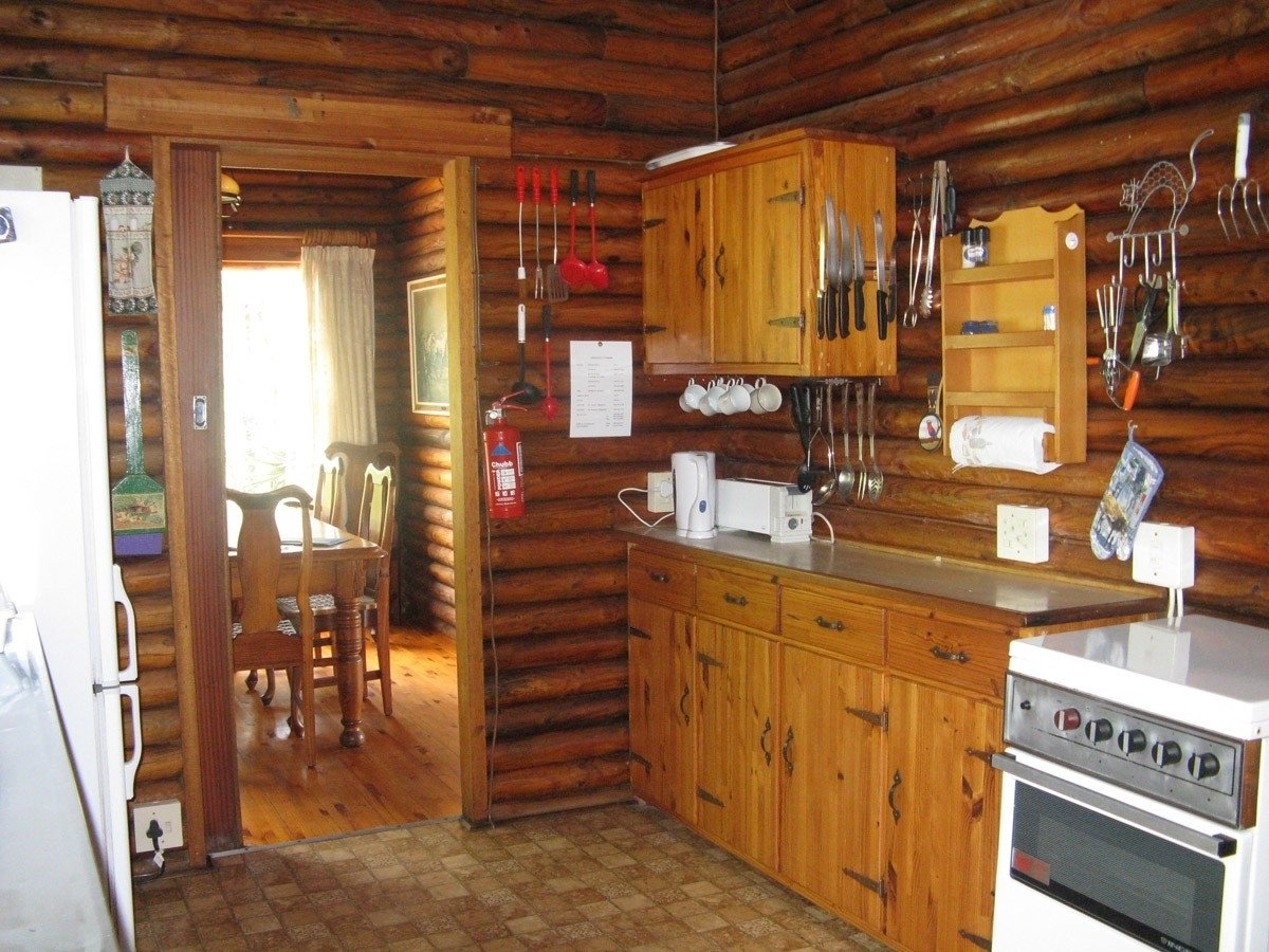 10 Beautiful Small Cabin Interior Design Ideas small cabin interior design ideas amazing rustic log cabin interior 1
