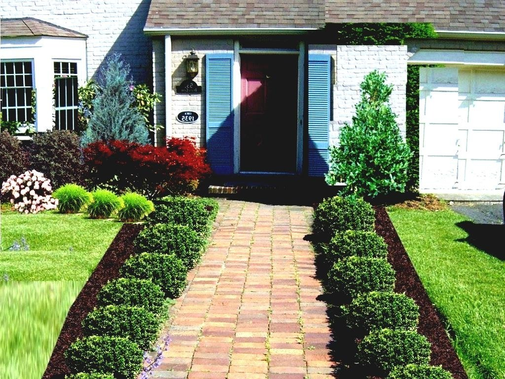 10 Nice Front Yard Landscape Design Ideas small front yard landscaping ideas wooden chair landscape design 2