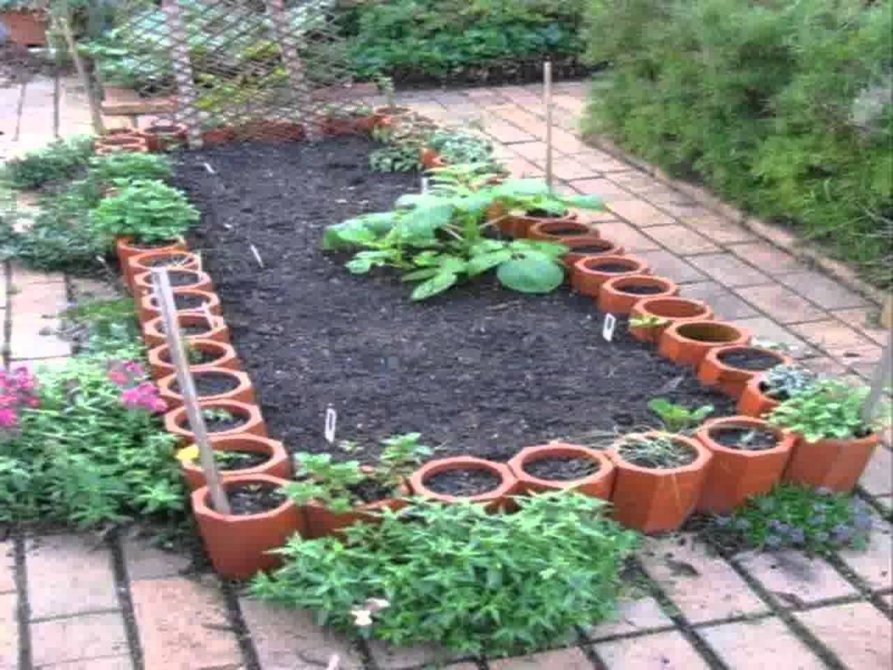 10 Pretty Vegetable Garden Ideas For Small Spaces small home vegetable garden ideas youtube 2020