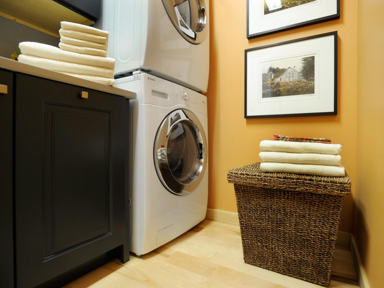 10 Perfect Laundry Room Ideas Small Space %name