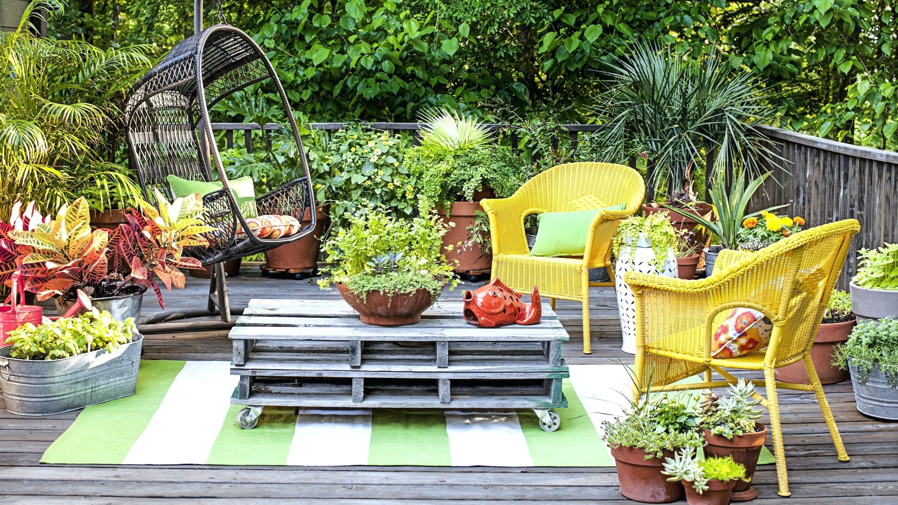 10 Lovely Small Patio Ideas On A Budget small patio design ideas on a budget lovable patio ideas small 2020