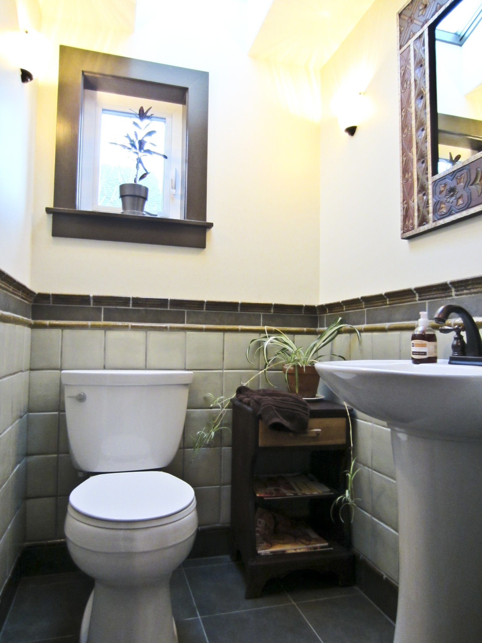 10 Cute Very Small Powder Room Ideas small room design powder ideas for spaces decorating traditional
