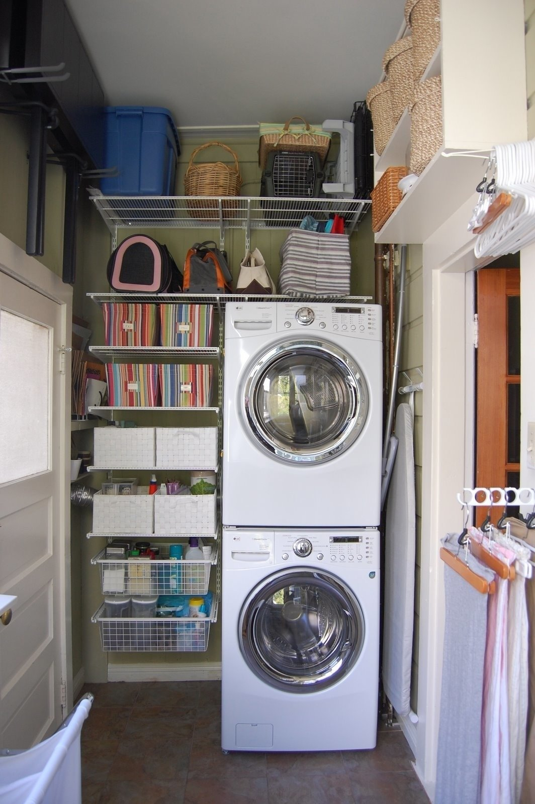 10 Perfect Laundry Room Ideas Small Space small space laundry room