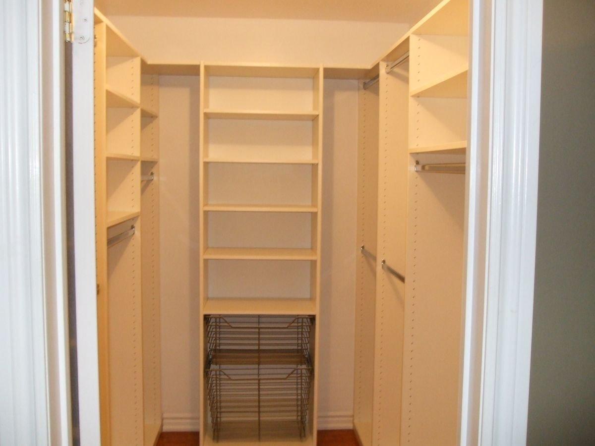10 Stylish Small Walk In Closet Ideas small walk in closet layout ideas small walk in closet dimensions 2021