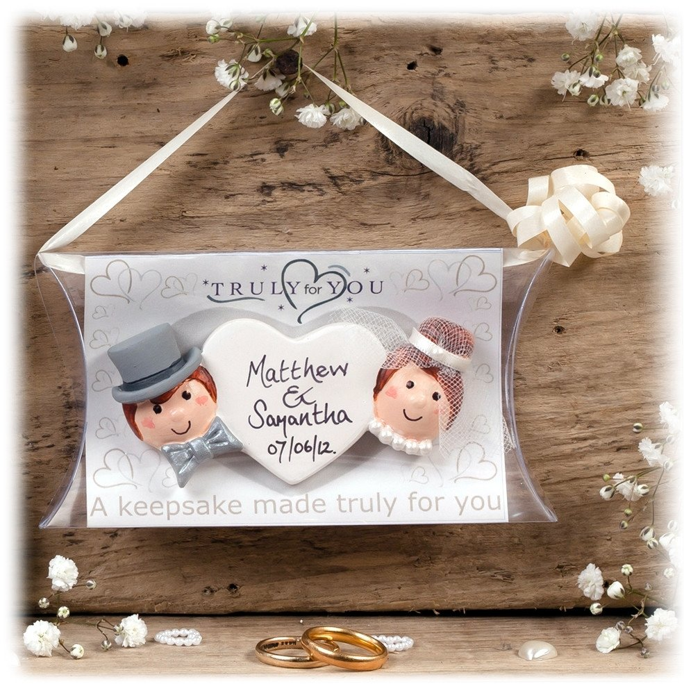 10 Wonderful Gift Ideas For The Bride small wedding gifts for bride marvelous gift ideas kingofhearts