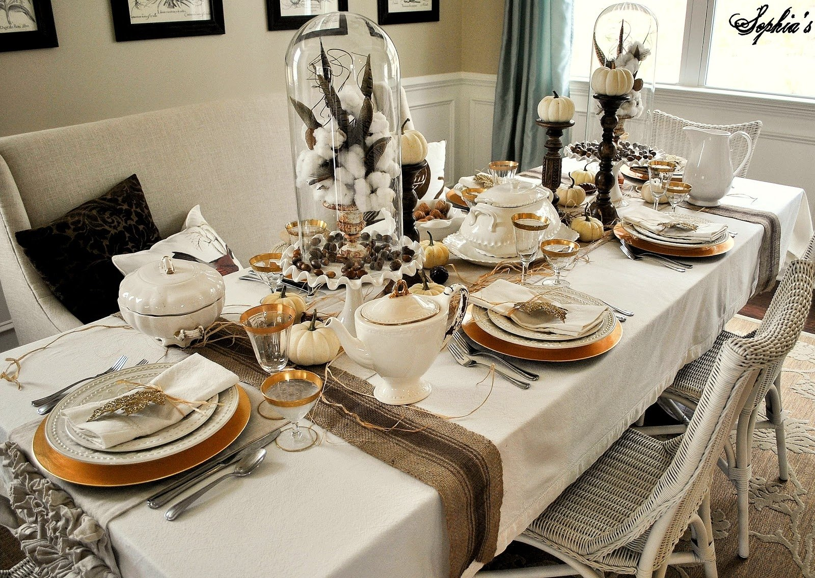 10 Attractive Table Setting Ideas For Thanksgiving sophias thanksgiving table setting tablesetting ideas 2021