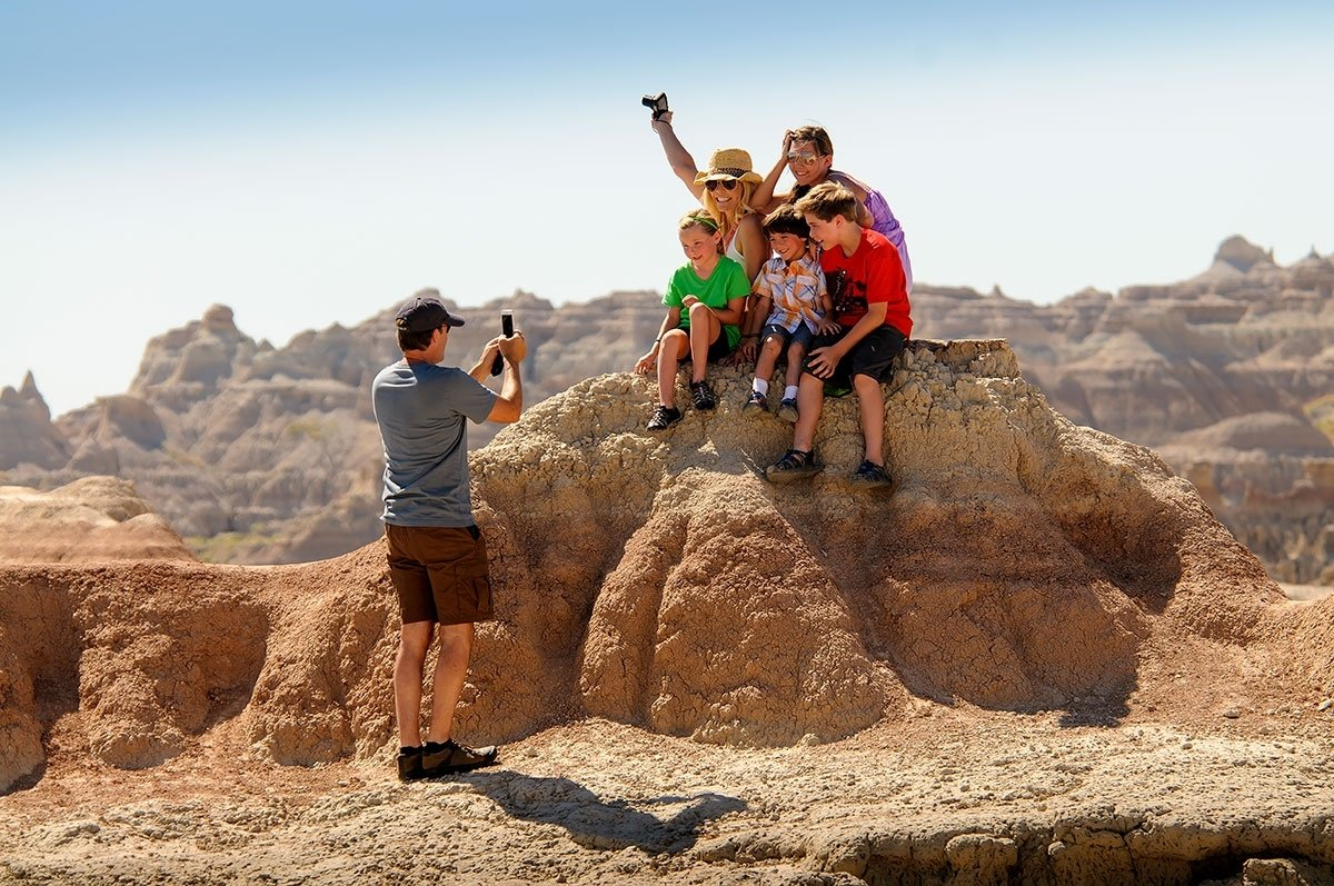 10 Gorgeous Family Vacation Ideas In The South south dakota tourism midwest family vacations parks lodging