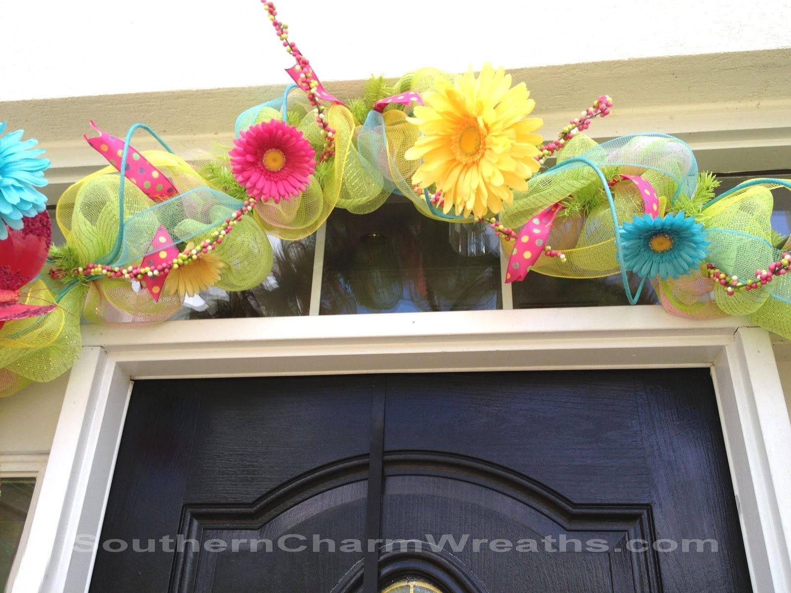 10 Fabulous Spring Deco Mesh Wreath Ideas spring deco mesh garland 2020