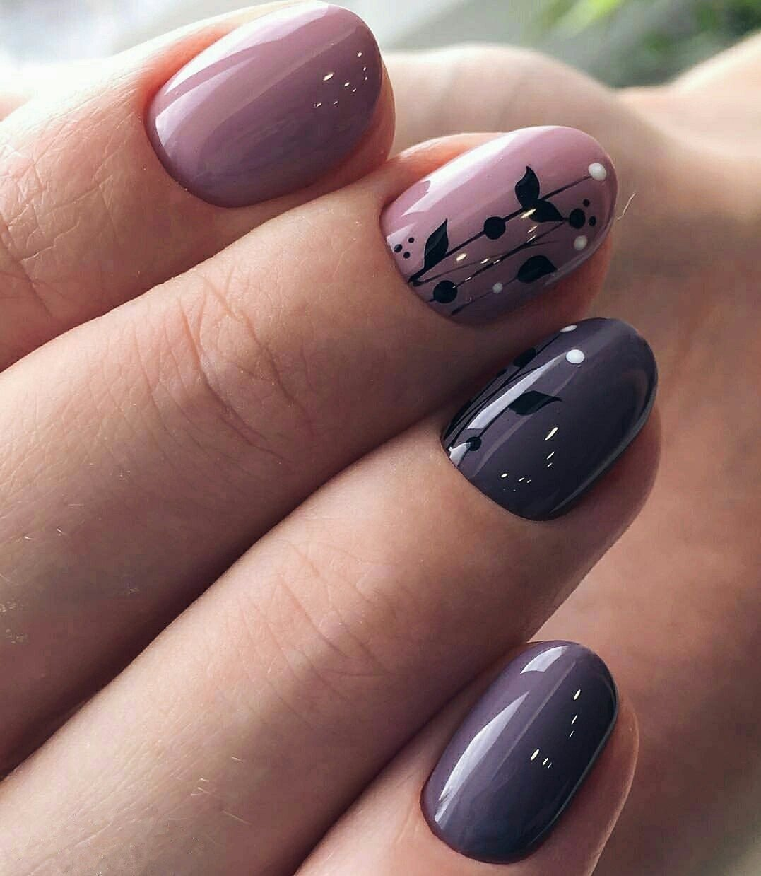 10 Amazing Nail Polish Ideas For Spring