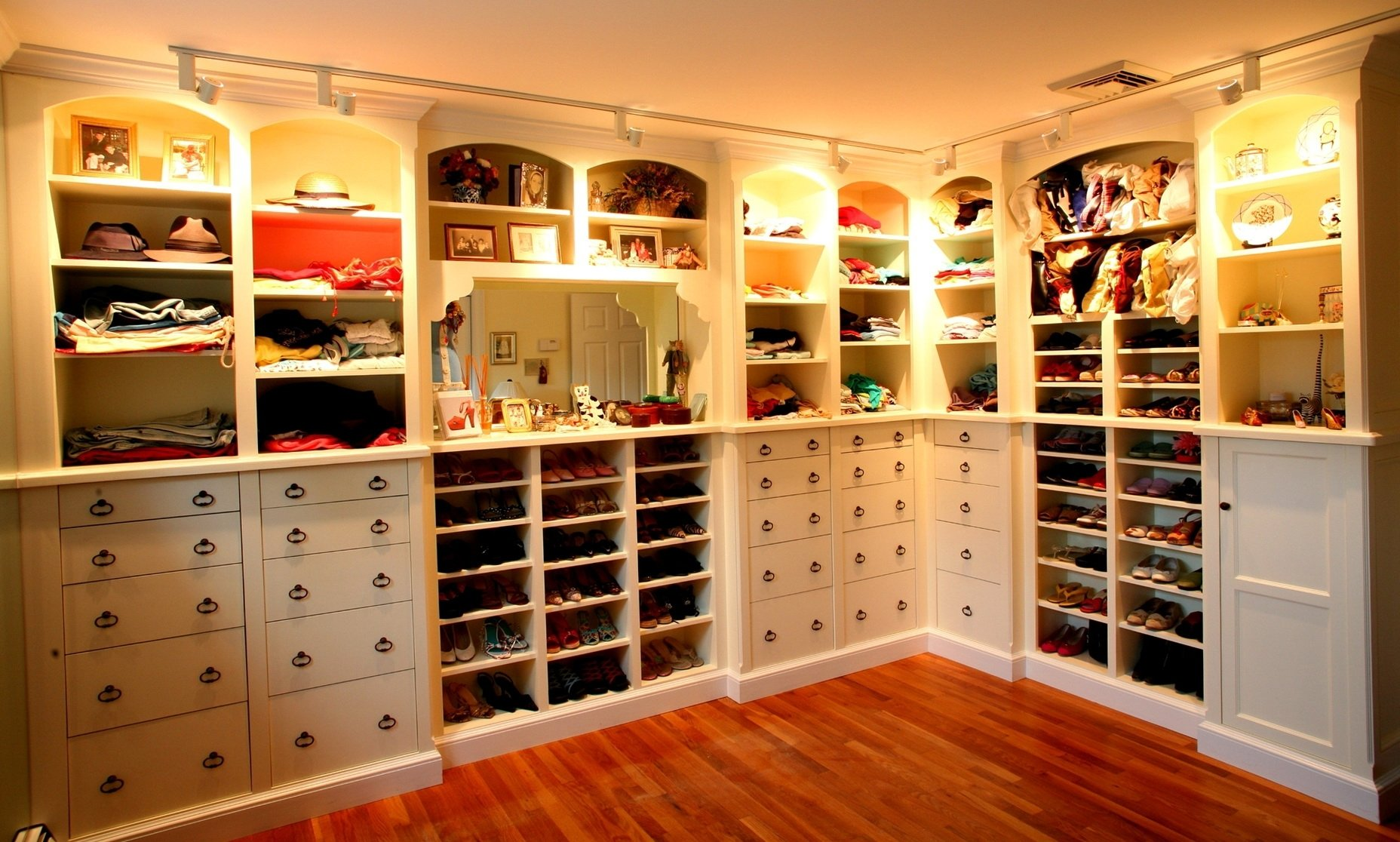 10 Amazing Walk In Closet Design Ideas state closet design small walk as wells as small walk in closet diy 1